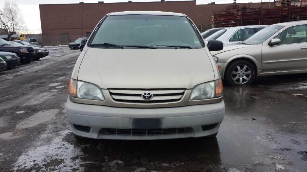 Used 2002 Toyota Sienna Interior Speedometer Head Cluster Kph Cl