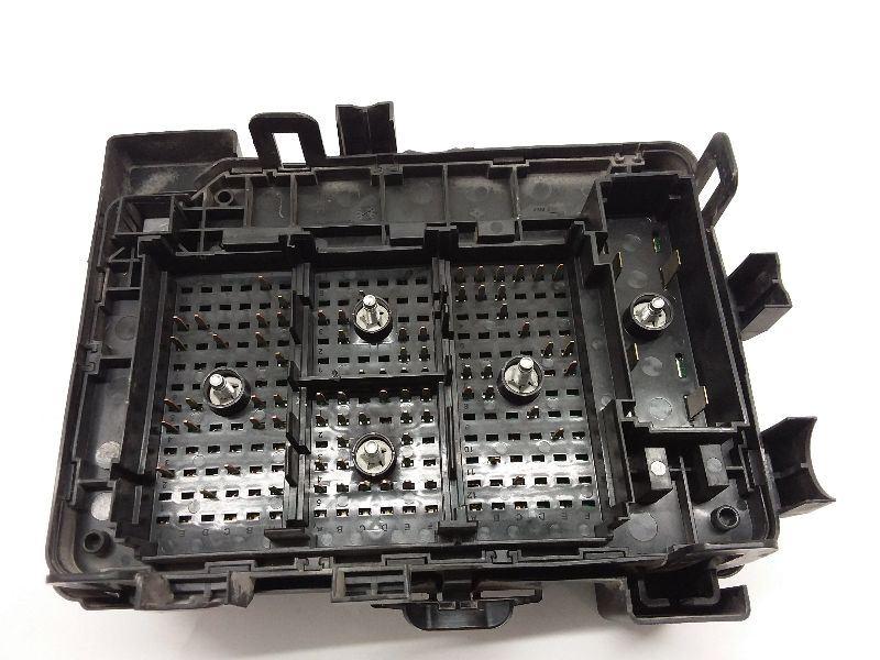 08 09 10 chevrolet cobalt engine fuse relay junction box oem