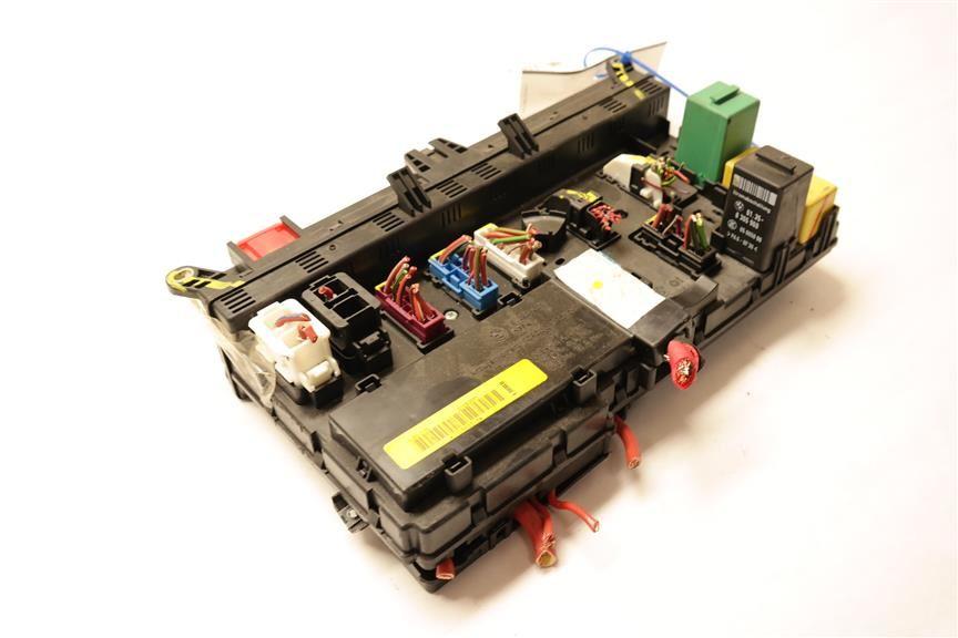 fuse box yqe500380 fits 2008 range rover l322 oem ebayfuse box yqe500380 fits 2008 range rover l322 oem image 2