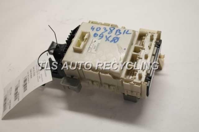 2009 XD SCION UNDER DASH FUSE BOX 82730-52C61 | eBay