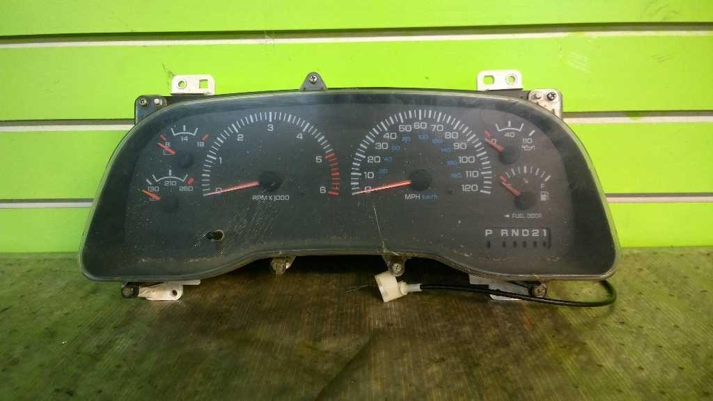 Pioneer Speedometer Cable for 1978-1990 Dodge D150 3.7L 3.9L 4.0L 5.2L 5.9L bt