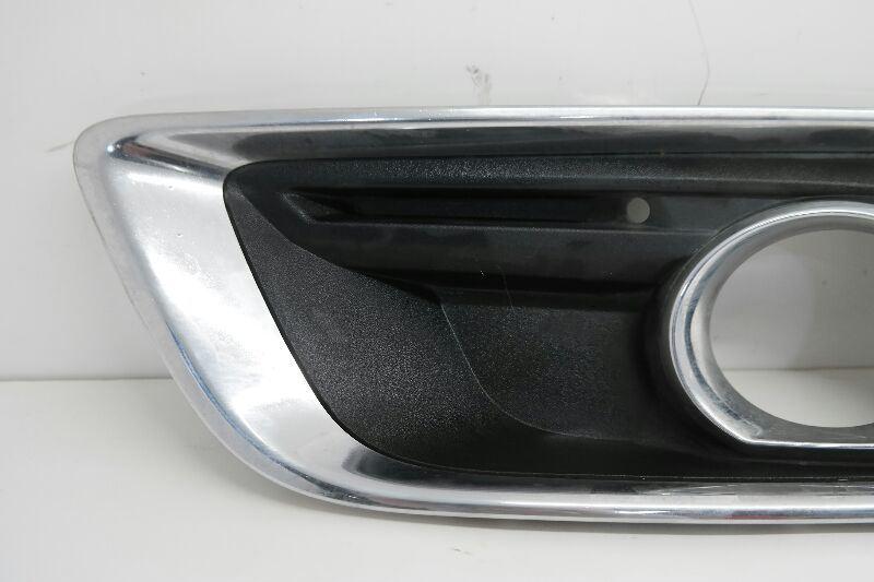 fits 2008-2012 MALIBU LS LT Front Bumper PASSENGER Fog Light Bezel w// Chrome NEW