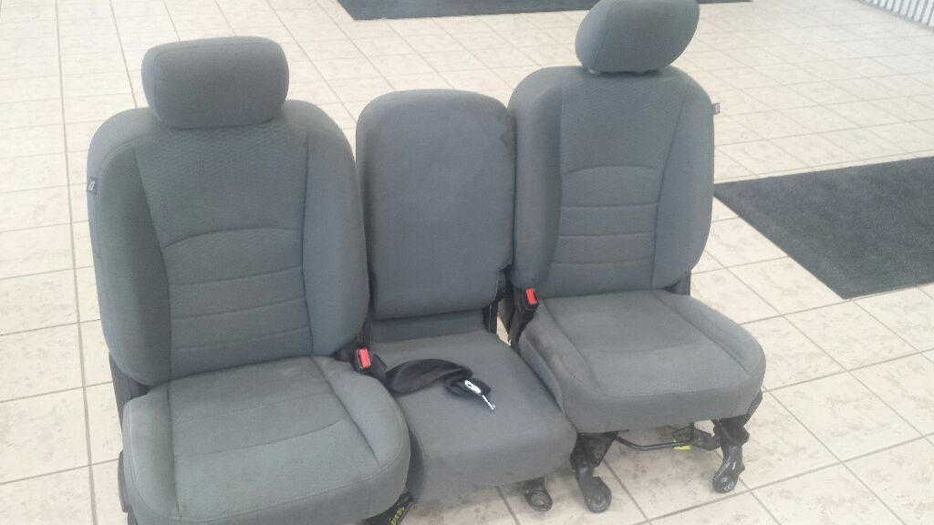 Fabulous 2014 2017 Dodge Ram 1500 Front Bench Seat 40 20 40 With Jump Caraccident5 Cool Chair Designs And Ideas Caraccident5Info