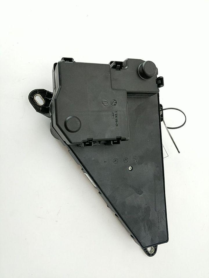 06 07 08 09 Bmw 535i Trunk Rear Fuse Box Relay Panel Power Distribution Module