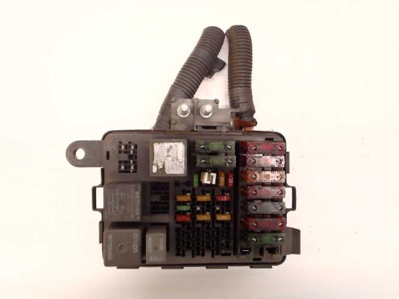 this 1998 98 chevy 1500 pickup fuse box engine 4 3l oem 468366 is in  overall good condition  the part has normal wear from use, which might be  seen from the