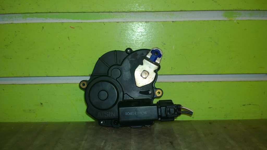 Door Lock Actuator Rear Left For 2004-2010 Toyota Sienna 3.3L 3.5L DLA1179