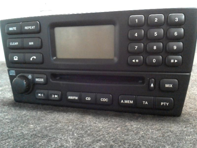 03 JAGUAR X TYPE AUDIO EQUIPMENT 339130