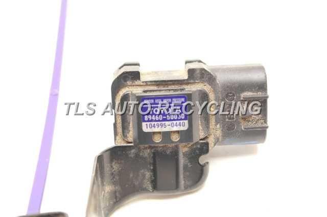 Genuine 89460-50030 Canister Vapor Pressure Sensor For Lexus LS430 4.3L V8 01-06