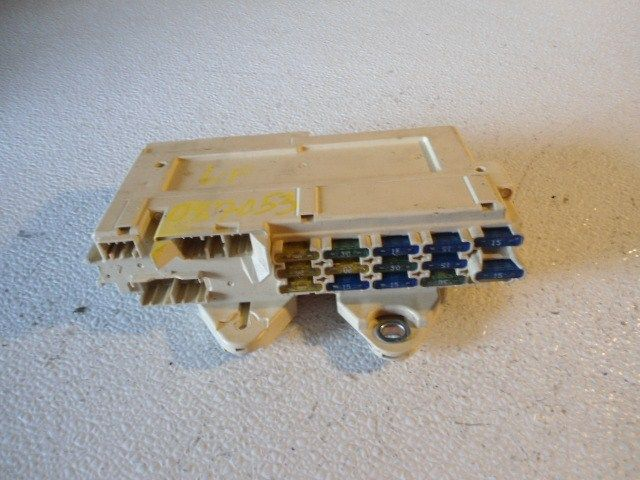 94 Mazda Cronos Fuse Box Under Dashcabin 40784 Ebay