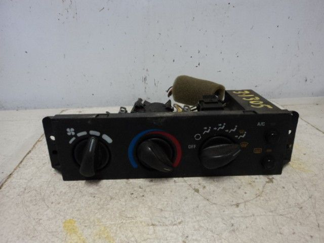95-96-97-CAVALIER-TEMPERATURE-CONTROL-W-AC-W-REAR-DEFROST-83676